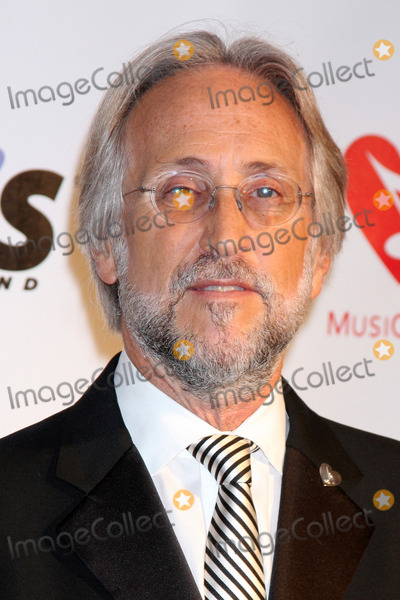 Neil Portnow Photo - Neil Portnowarriving at the MusiCares Person of the Year 2010 Tribute to Neil YoungLos Angeles Convention CenterLos Angeles CAJanuary 29 2010