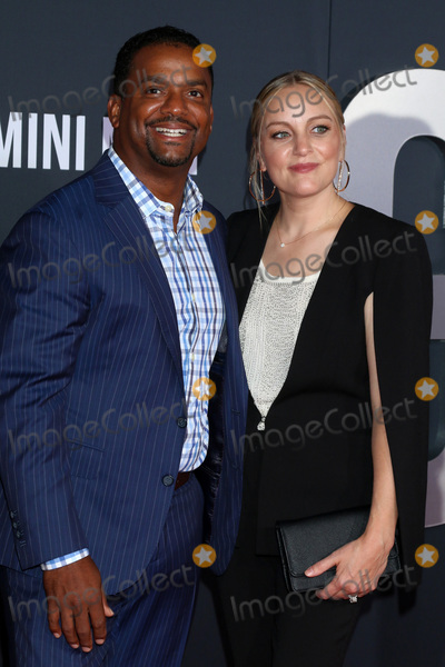 Alfonso Ribeiro Photo - LOS ANGELES - OCT 6  Alfonso Ribeiro Angela Unkrich at the Gemini Premiere at the TCL Chinese Theater IMAX on October 6 2019 in Los Angeles CA