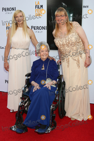 Lorraine Warren Photo - LOS ANGELES - JUN 7  Janet Winter Lorraine Warren Margaret Nadeen at the 2016 Los Angeles Film Festival - The Conjuring 2 Premiere at TCL Chinese Theater IMAX on June 7 2016 in Los Angeles CA