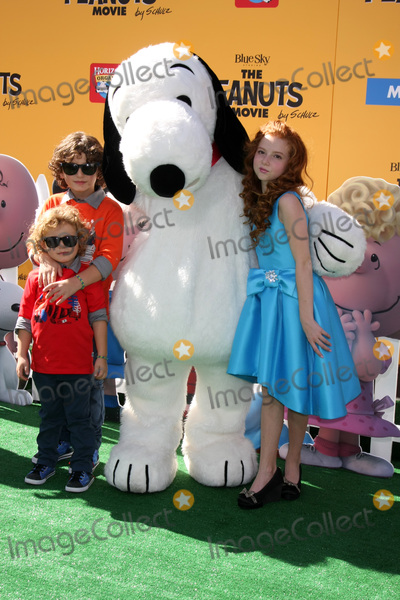 August Maturo Photo - LOS ANGELES - NOV 1  August Maturo his Ocean Maturo Francesca Capaldi at the The Peanuts Movie Los Angeles Premiere at the Village Theater on November 1 2015 in Westwood CA