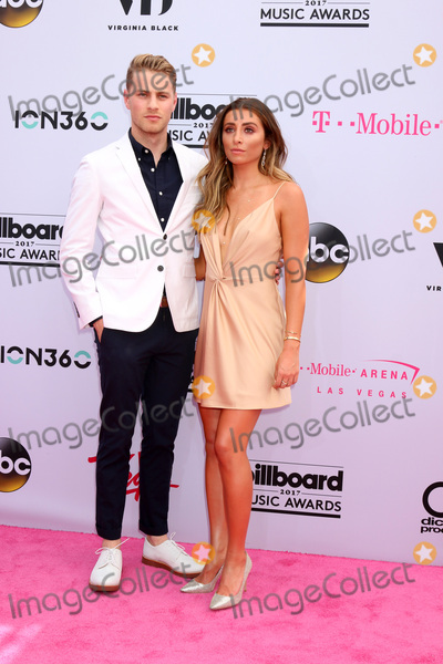 Cameron Fuller Photo - LAS VEGAS - MAY 21  Cameron Fuller Lauren Elizabeth at the 2017 Billboard Music Awards - Arrivals at the T-Mobile Arena on May 21 2017 in Las Vegas NV