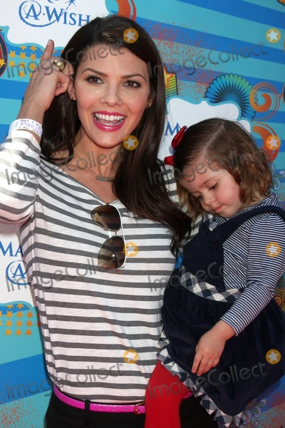 Ali LandryEstela Photo - Ali Landry  Daughter Estelaarrives at the Make-A-Wish Foundation Day Event Hosted by Kevin  Steffiana James Pacific Park on the Santa Monica PierLos Angeles CAMarch 14 2010