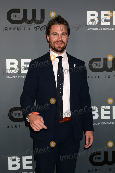 Amel Photo - LOS ANGELES - AUG 4  Stephen Amell at the  CW Summer TCA All-Star Party at the Beverly Hilton Hotel on August 4 2019 in Beverly Hills CA