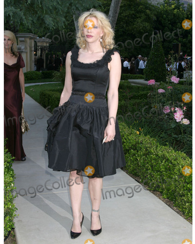 Courtney Love Photo - Courtney LoveChrysalis Fifth Annual Butterfly BallItalian Villa of Carla and Fred SandsBel Air CAJune 10 2006