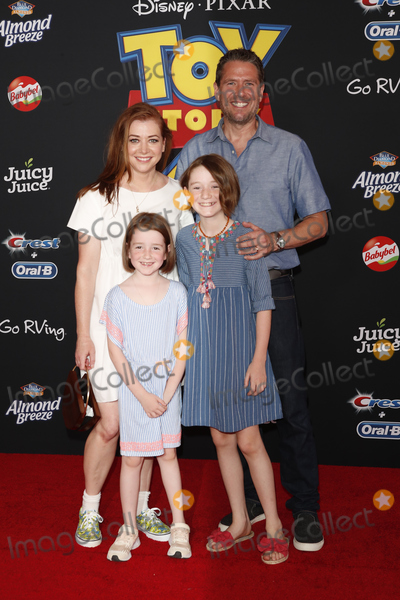 Alexis Denisof Photo - LOS ANGELES - JUN 11  Alyson Hannigan Keeva Jane Denisof Satyana Marie Denisof Alexis Denisof at the Toy Story 4 Premiere at the El Capitan Theater on June 11 2019 in Los Angeles CA
