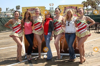The Radio City Rockettes Photo - LOS ANGELES - AUG 12  Chrishnell Strause Kate Linder  Stephanie Gatschet with Rockettes at the  Kicking Across America with the Radio City Rockettes Event at Santa Monica Pier on August 12 2010 in Santa Monica  CA