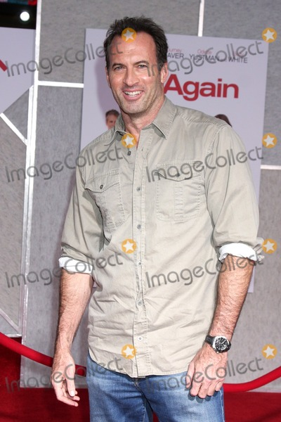 Scott Patterson Photo - LOS ANGELES - SEP 22  Scott Patterson arrives at the You Again World Premiere at El Capitan Theater on September 22 2010 in Los Angeles CA
