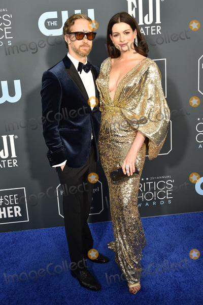 Adam Shulman Photo - LOS ANGELES - JAN 12  Adam Shulman Anne Hathaway at the Critics Choice Awards 2020 at the Barker Hanger on January 12 2020 in Santa Monica CA