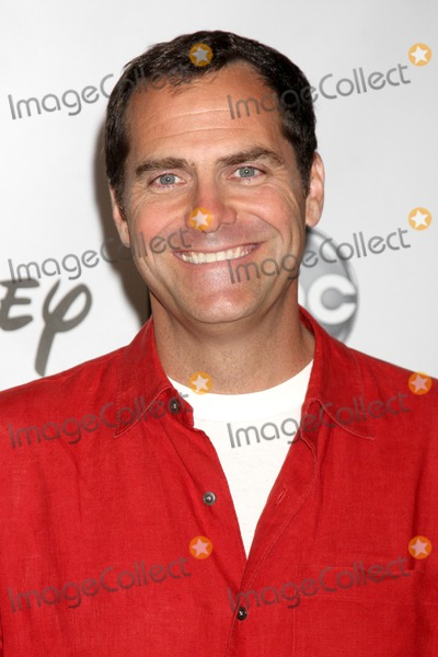 Andy Buckley Photo - LOS ANGELES - AUG 7  Andy Buckley at the DisneyABC Television Group Summer Press Tour at the Beverly Hilton Hotel on August 7 2011 in Beverly Hills CA