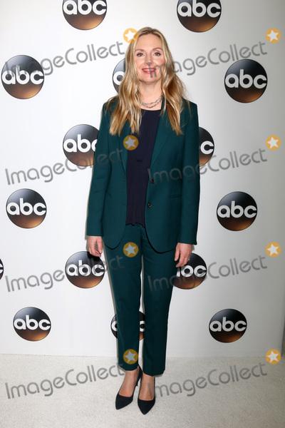 Hope Davis Photo - LOS ANGELES - JAN 15  Hope Davis at the 2018 NAACP Image Awards at Convention Center on January 15 2018 in Pasadena CA