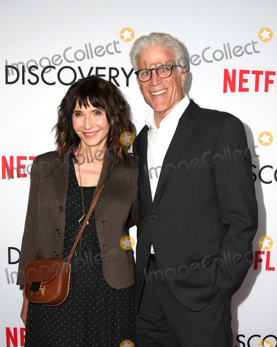 Mary Steenburgen Photo - LOS ANGELES - MAR 29  Mary Steenburgen Ted Danson at the Premiere Of Netflixs The Discovery at the Vista Theatre on March 29 2017 in Los Angeles CA