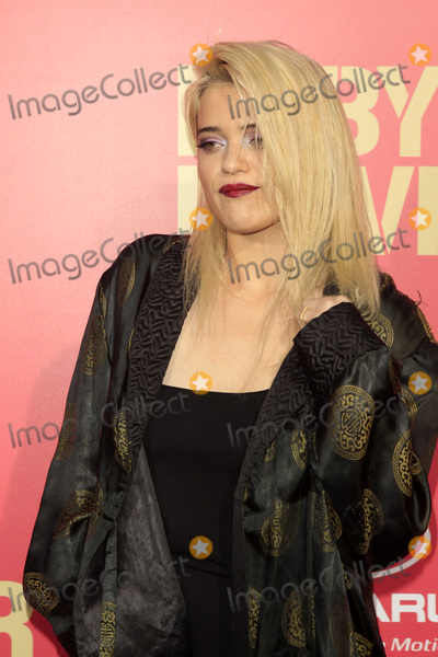 Sky Ferreira Pictures and Photos