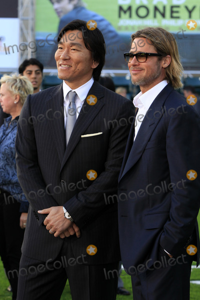Hideki Matsui Photo - LOS ANGELES - SEP 19  Hideki Matsui Brad Pitt arrive at the Moneyball World Premiere at Paramount Theater of the Arts on September 19 2011 in Oakland CA