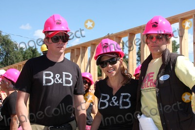 Ari Zucker Photo - Pat Holland Sarah Brown Ari Zuckerat the Habitat For Humanity San FernandoSanta Clarita  Valleys Women Empowerment Building Site - TV  Soap StarsHabitat for Humanity build site 12600 Carl StPacoima CAMay 23 2010