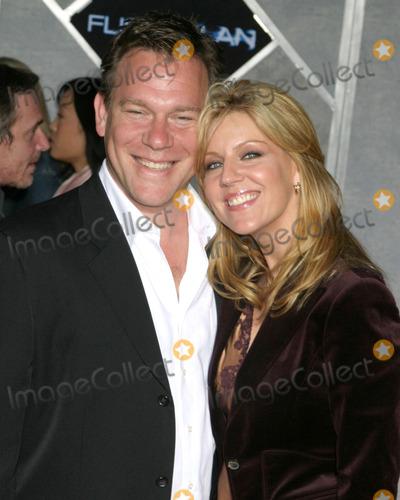 Andrea Parker Photo - Andrea Parker and dateFlightplan PremiereEl Capitan TheaterLos Angeles CASeptember 19 2005
