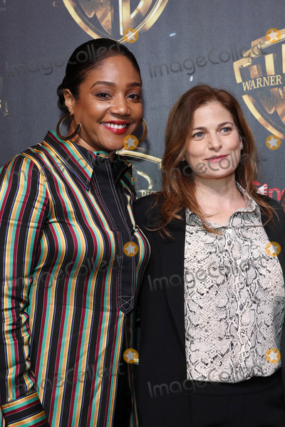 Andrea Berloff Photo - LAS VEGAS - APR 2  Tiffany Haddish Andrea Berloff at the 2019 CinemaCon - Warner Bros Photo Call at the Linwood Dunn Theater on April 2 2019 in Las Vegas NV