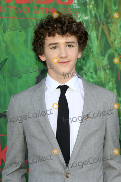 Art Parkinson Photo - LOS ANGELES - AUG 14  Art Parkinson at the Kubo and the Two Strings Premiere at the AMC Universal Citywalk on August 14 2016 in Universal City CA
