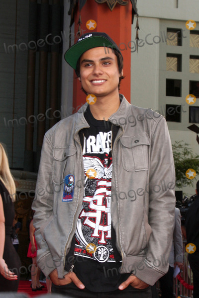 Kiowa Gordon Photo - LOS ANGELES - JUL 17  Kiowa Gordon arrives at the Step Up Revolution Premiere at Graumans Chinese Theater on July 17 2012 in Los Angeles CA