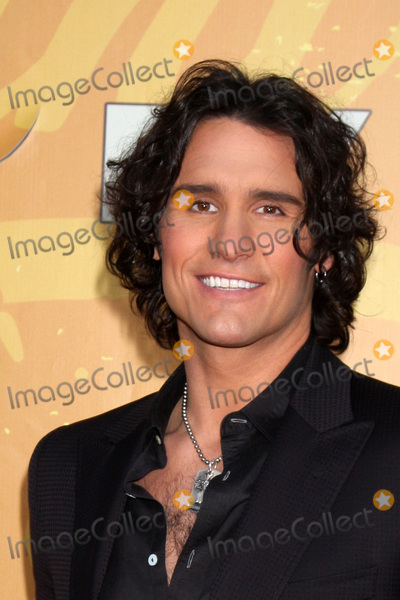Joe Nichols Photo - LOS ANGELES - DEC 6  Joe Nichols arrives at the 2010 American Country Awards at MGM Grand Garden Arena on December 6 2010 in Las Vegas NV