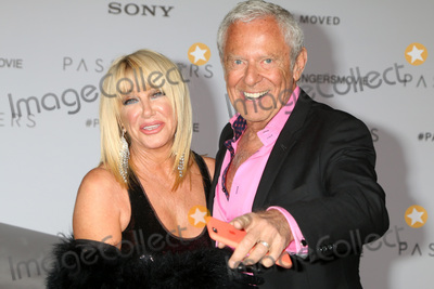 Alan Hamel Photo - LOS ANGELES - DEC 14  Suzanne Somers Alan Hamel at the Passengers Premiere at Village Theater on December 14 2016 in Westwood CA