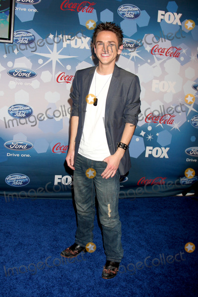 Aaron Kelly Photo - Aaron Kellyarriving at the American Idol Top 12 Party for Season 9Industry ClubLos Angeles CAMarch 11 2010