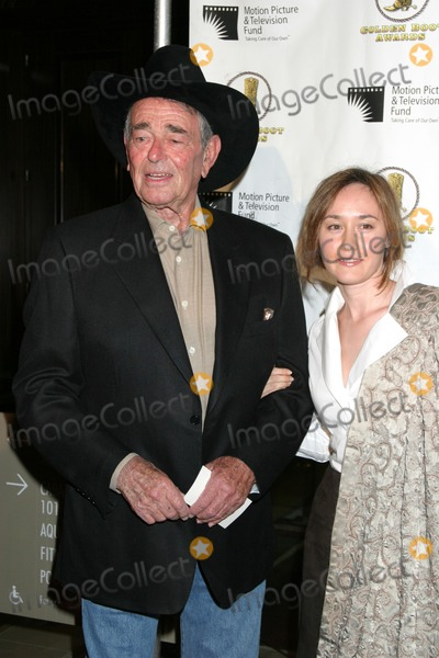 Stuart Whitman Photo - Stuart Whitman  wifeGolden Boot AwardsBeverly Hilton HotelBeverly Hills CAAugust 12 2006