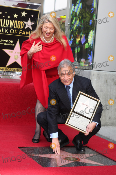 Zubin Mehta Photo - LOS ANGELES -  1  Maestro Zubin Mehta  wife at the Hollywood Walk of Fame Star Ceremony honoring  Maestro Zubin Mehta  at Vine Street South of Hollywood Blvd on March 1 2011 in Los Angeles CA