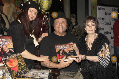 Margaret OBrien Photo - LOS ANGELES - MAR 1  Dee Dee Sorvino Paul Sorvino Margaret OBrien at the 15TH Awards Media Welcome Center at Hollywood Museum on March 1 2018 in Los Angeles CA