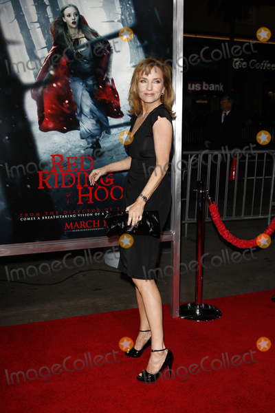 Rebecca DeMornay Photo - LOS ANGELES - MAR 7  Rebecca DeMornay arriving at the Red Riding Hood Premiere at Graumans Chinese Theater on March 7 2011 in Los Angeles CA