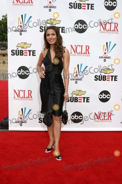 Nadine Velasquez Photo - Nadine VelasquezALMA Awards 2007Pasadena Civic AuditoriumPasadena CAJune 1 2007
