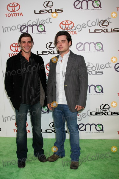 Andrew Lawrence Photo - LOS ANGELES - OCT 15  Matthew Lawrence Andrew Lawrence arriving at the 2011 Environmental Media Awards at the Warner Brothers Studio on October 15 2011 in Beverly Hills CA