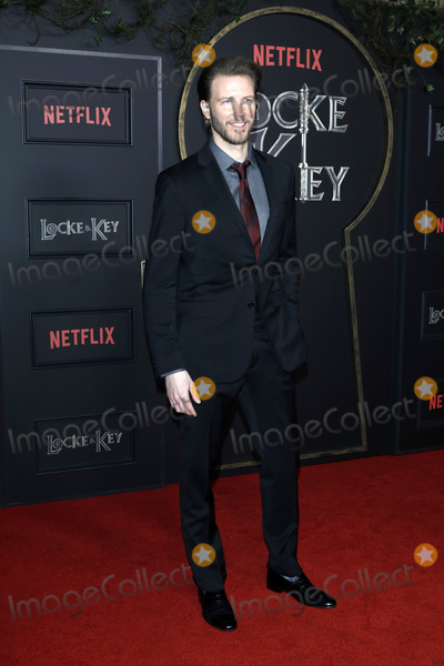Bill Heck Photo - LOS ANGELES - FEB 5  Bill Heck at the Locke  Key Series Premiere Screening at the Egyptian Theater on February 5 2020 in Los Angeles CA