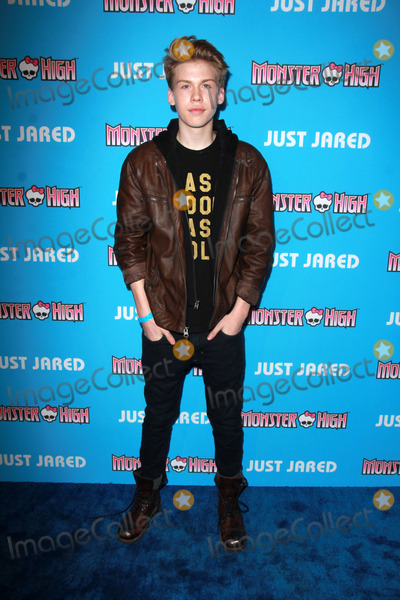 Aidan Alexander Photo - LOS ANGELES - MAR 26  Aidan Alexander at the Just Jareds Throwback Thursday Party at the Moonlight Rollerway on March 26 2015 in Glendale CA