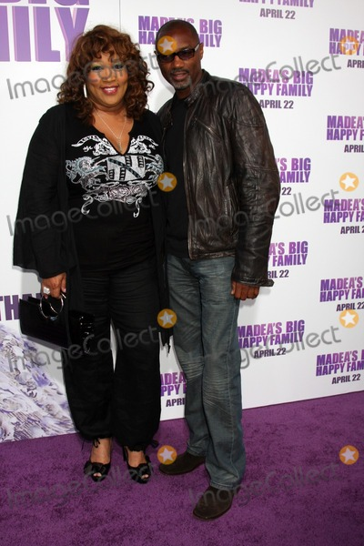 Rodney Van Johnson Photo - LOS ANGELES - APR 19  Kym Whitley Rodney Van Johnson arriving at the Madeas Big Happy Family Premiere at ArcLight Cinemas Cinerama Dome on April 19 2011 in Los Angeles CA