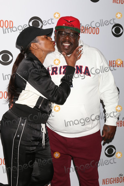 Tichina Arnold Photo - LOS ANGELES - NOV 18  Tichina Arnold Cedric the Entertainer at the The Neighbohood Celebrates the Welcome to Bowling Episode at Pinz Bowling Alley on November 18 2019 in Studio City CA