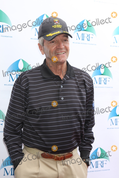 Tom Dreesen Photo - LOS ANGELES - NOV 10  Tom Dreesen at the Third Annual Celebrity Golf Classic to Benefit Melanoma Research Foundation at the Lakeside Golf Club on November 10 2014 in Burbank CA