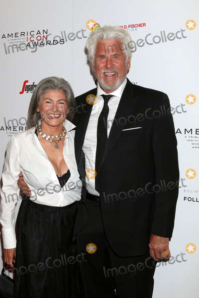 Barry Bostwick Photo - LOS ANGELES - MAY 19  Guest Barry Bostwick at the American Icon Awards at the Beverly Wilshire Hotel on May 19 2019 in Beverly Hills CA