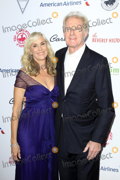 Ed Begley Photo - LOS ANGELES - OCT 6  Rachelle Carson Ed Begley Jr at the 2018 Carousel Of Hope Ball at the Beverly Hilton Hotel on October 6 2018 in Beverly Hills CA
