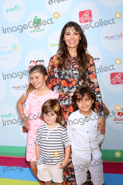 Ali LandryEstela Photo - LOS ANGELES - SEP 23  Ali Landry Estela Monteverde Valentin Monteverde Ali Landry Marcelo Monteverde at the 6th Annual Red CARpet Safety Awareness Event at the Sony Pictures Studio on September 23 2017 in Culver City CA