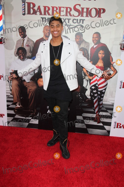 Torion Sellers Photo - LOS ANGELES - APR 6  Torion Sellers at the Barbershop - The Next Cut Premiere at the TCL Chinese Theater on April 6 2016 in Los Angeles CA