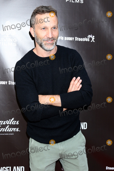 Breckin Meyer Photo - LOS ANGELES - JUN 3  Breckin Meyer at the Changeland Los Angeles Premiere at the ArcLight Hollywood on June 3 2019 in Los Angeles CA