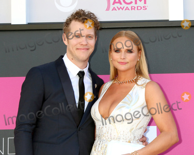 Anderson East Photo - LAS VEGAS - APR 2  Anderson East Miranda Lambert at the Academy of Country Music Awards 2017 at T-Mobile Arena on April 2 2017 in Las Vegas NV