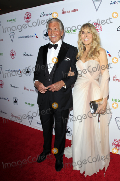 Alana Stewart Photo - LOS ANGELES - OCT 6  George Hamilton Alana Stewart at the 2018 Carousel Of Hope Ball at the Beverly Hilton Hotel on October 6 2018 in Beverly Hills CA