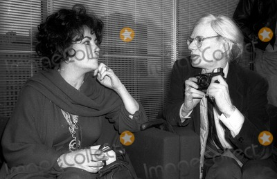 Andy Warhol Photo - Liz Taylor Andy Warhol4059JPGCelebrity Archaeology1978 FILE PHOTONew York CityLiz Taylor Andy WarholPhoto by Adam Scull-PHOTOlinknet