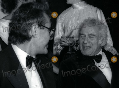 Milos Forman Photo - Milos Forman Norman Mailer3993JPGCelebrity Archaeology1981 FILE PHOTONew York NYMilos Forman Norman MailerPhoto by Adam Scull-PHOTOlinknet