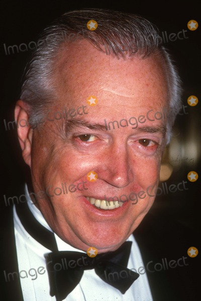 Hugh Downs Photo - Hugh Downs2021JPG1990 FILE PHOTONew York NYHugh DownsPhoto by Adam Scull-PHOTOlinknetONE TIME REPRODUCTION RIGHTS ONLYNO WEBSITE USE WITHOUT AGREEMENTE-TABLETIPAD  MOBILE PHONE APPPUBLISHING REQUIRE ADDITIONAL FEES718-374-3733-OFFICE - 917-754-8588-CELLeMail INFOPHOTOLINKNET