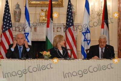 ABBA Photo - Washington DC 9022010RESTRICTED NEW YORKNEW JERSEY OUTNO NEW YORK OR NEW JERSEY NEWSPAPERS WITHIN A 75  MILE RADIUSSecretary Clinton hosts Abbas and Netanyahu peace talksSecretary of State Hillary Clinton hosts the re-launch of direct negotiations between (left) Israeli Prime Minister Benjamin Netanyahu and (right) Palestinian Authority President Mahmoud Abbas at the US State Department Secretary Clinton and the two leaders marked the start of the negotiations by making opening remarks to the mediaDigital photo by Elisa Miller-PHOTOlinknet