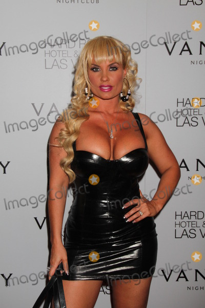 Coco Austin Photo - Las Vegas NV - September 2 Reality Star Coco Austin HostsThe Night At Vanity Nightclub Inside The Hard Rock Hotel  Casino In Las Vegas Nevada On September 2 2011 (Photo by LVPImagecollectcom)