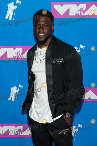 Kevin Hart Photo - Photo by ESBPstarmaxinccomSTAR MAX2018ALL RIGHTS RESERVEDTelephoneFax (212) 995-119682018Kevin Hart at the 2018 MTV Video Music Awards at Radio City Music Hall in New York City