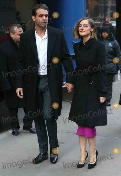 Bobby Cannavale Photo - Photo by KGC-146starmaxinccomSTAR MAX2014ALL RIGHTS RESERVEDTelephoneFax (212) 995-119612414Bobby Cannavale and Rose Byrne are seen at ABC Television Studios for an appearance on Good Morning America(NYC)